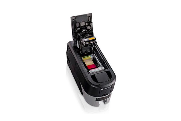 Mecanismo interno de la impresora Entrust Datacard Sigma DS3