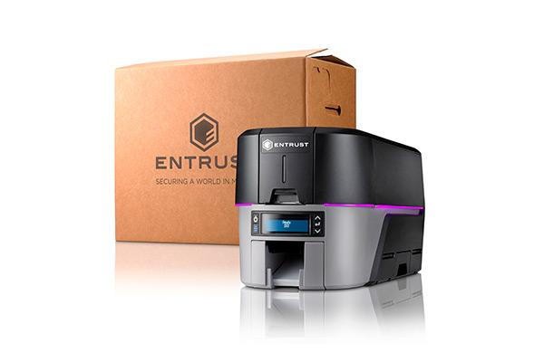 Impresora Entrust Datacard Sigma DS3 con caja de envío